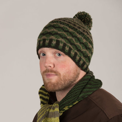Artyarns Fair Isle Hat and Wristers Kit - Green (GREEN)