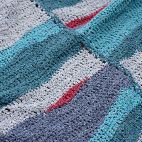 Berroco Monet's Ocean Blanket Kit - Model (1)