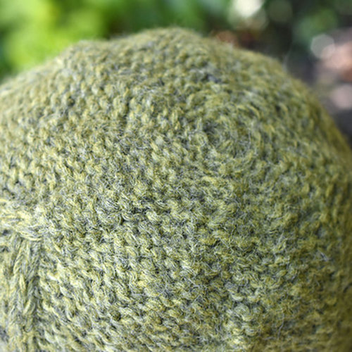 Cascade Yarns A336 Cabled Diamond Hat & Scarf (Free) -  ()