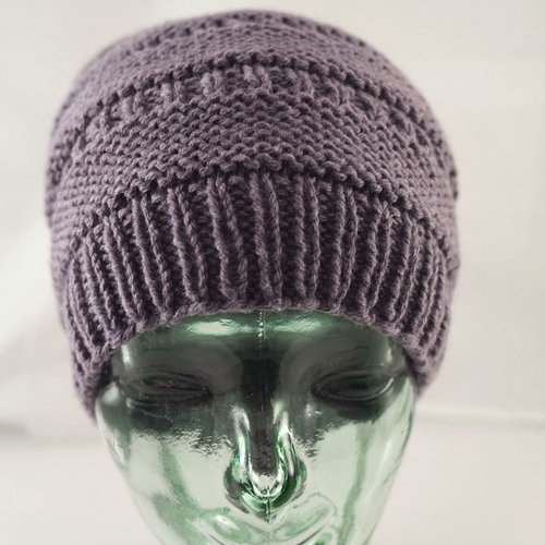 Cascade Yarns A353 Hat for Ella (Free) -  ()