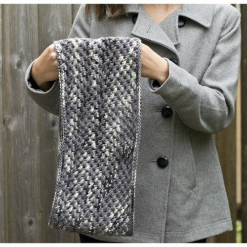 Cascade Yarns C257 Knotted Openwork Cowl (Free) -  ()