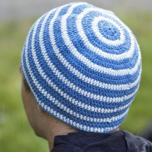Cascade Yarns DK330 All About Stripes Hat (Free) -  ()