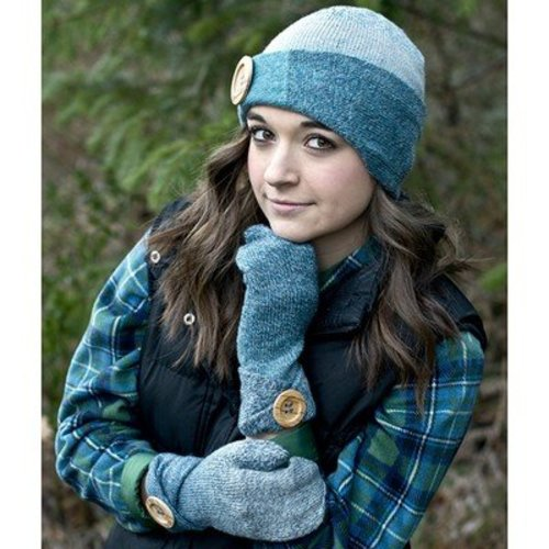 Cascade Yarns FW219 Sock Hat and Mittens (Free) -  ()