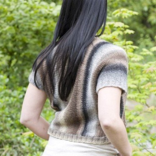 Cascade Yarns W438 Side to Side Shrug (Free) -  ()