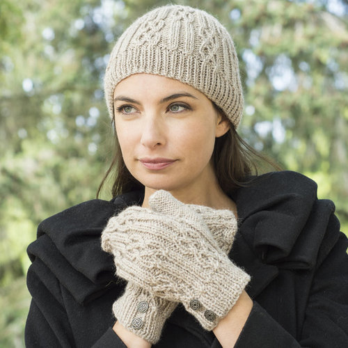 Cascade Yarns W640 Celtic Cable and Rib Beanie & Mitten (Free) -  ()