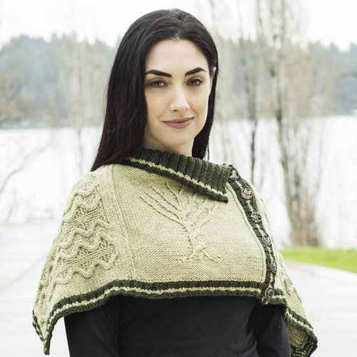Cascade Yarns W714 Into The Woods Ponchette (Free) -  ()