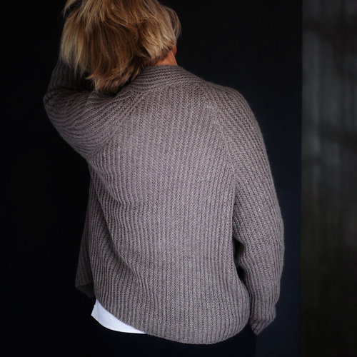 ChrisBerlin My Boyfriend's Cardigan PDF -  ()