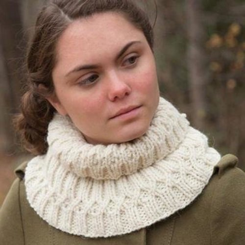 Classic Elite Yarns 9232 Honey Locust PDF -  ()
