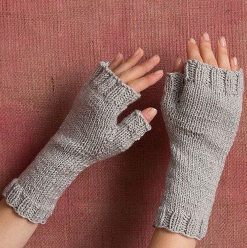 Classic Elite Yarns Easy Ava Mitts (Free) -  ()