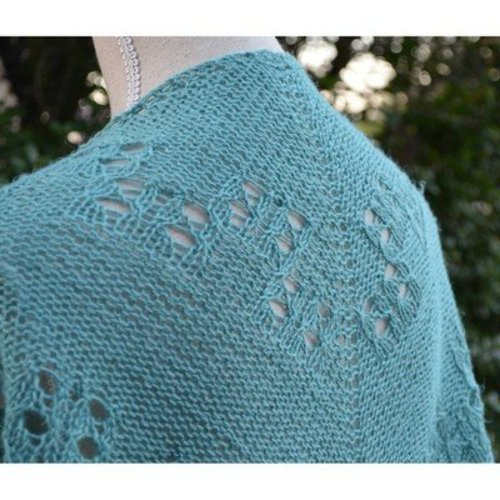 Classic Elite Yarns Soft Linen Shawl 2013 (Free) -  ()