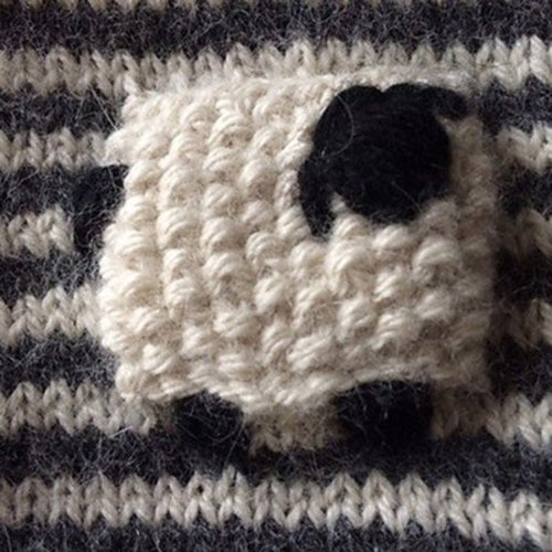 Classic Elite Yarns Valais Blacknose Sheep Mittens (Free) -  ()