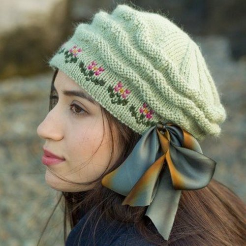 Classic Elite Yarns Viewpoints 1514 From Folly Cove - Annisquam Beret PDF -  ()
