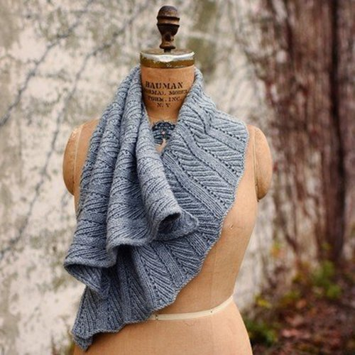 Curls 2: Versatile, Wearable Wraps To Knit At Any Gauge eBook -  ()