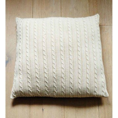 Debbie Bliss Cabled Floor Cushion PDF -  ()