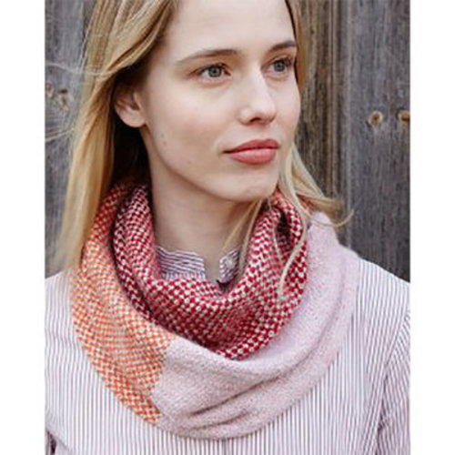 Debbie Bliss Chloe Cowl Kit -  ()