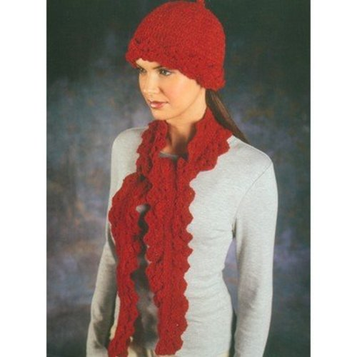 Easy Crocheted Hats & Scarves -  ()