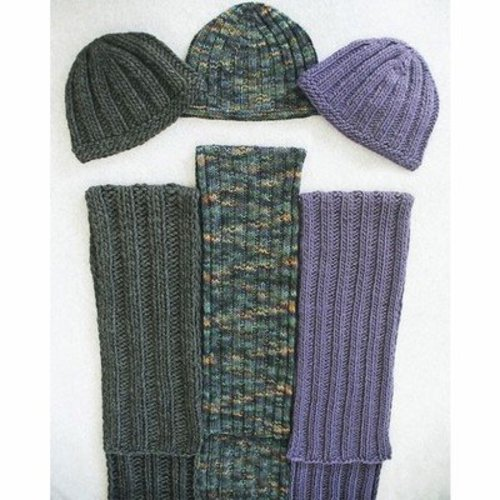 Fiber Trends AC62 Everyone's Favorite Hat & Scarf -  ()