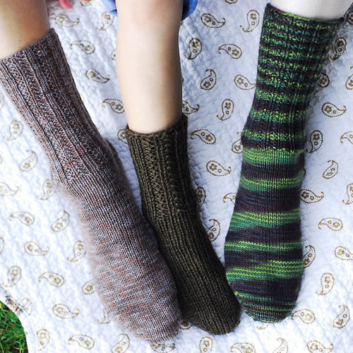 Figheadh Yarnworks Fundamental Toe-Up Socks PDF -  ()