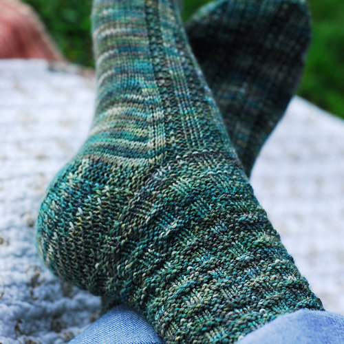 Figheadh Yarnworks Fundamental Top-Down Socks PDF -  ()