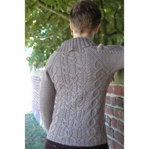 Figheadh Yarnworks Glentrekker Cardigan with Hats PDF -  ()