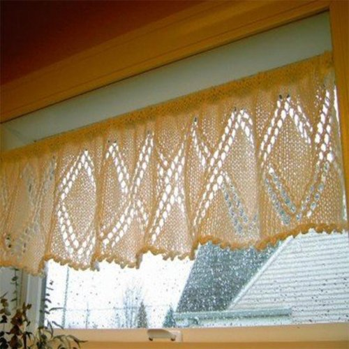 Figheadh Yarnworks Trellis Lace Window Topper PDF -  ()