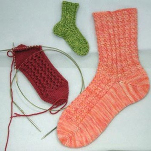Gardiner Yarn Works Mix-and-Match Rib Toe-Up Socks PDF -  ()