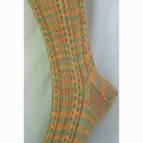 Gardiner Yarn Works Slippery Slope Socks PDF -  ()