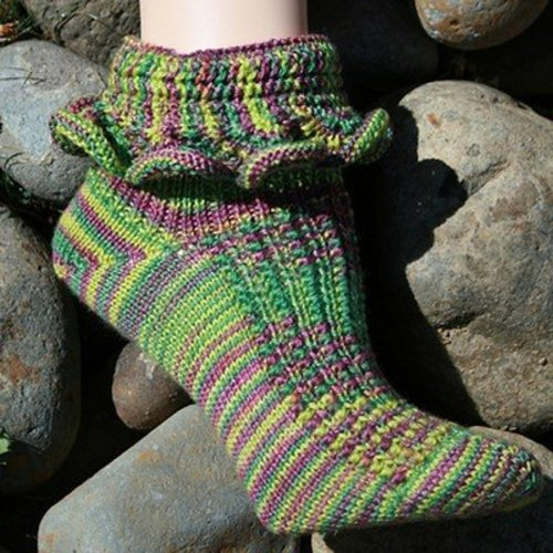 Gardiner Yarn Works Sunset Beach Socks PDF -  ()