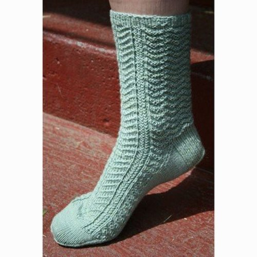 Gardiner Yarn Works Walk in the Woods Socks PDF -  ()