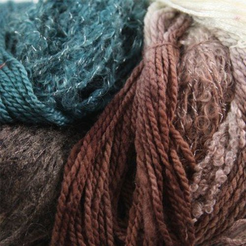 Hand Painted Knitting Yarns Little Giant Skein DK -  ()