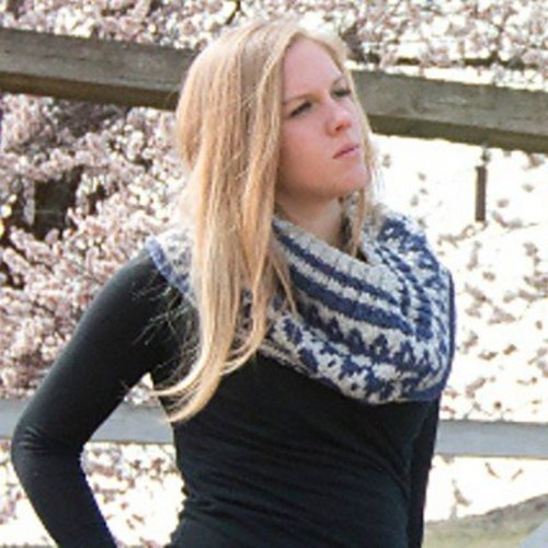Imperial Yarn Nor'wester Cowl PDF -  ()