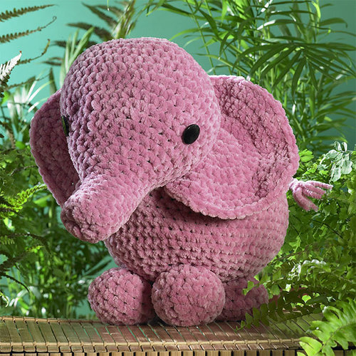 James C. Brett JB403 Ellie the Elephant -  ()