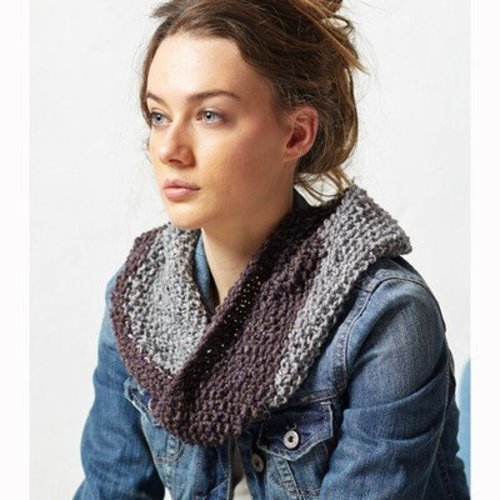 Jo Sharp Two Tone Moss Cowl PDF -  ()