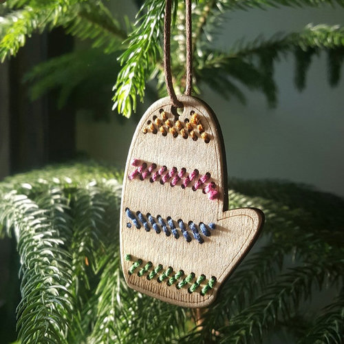 Katrinkles Stitchable Mitten Ornament Kit -  ()