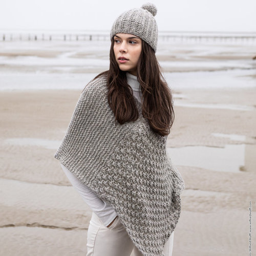 "Lana Grossa 03 Poncho in Lala Berlin Lovely Cashmere Kit - 36-38"" (01)"