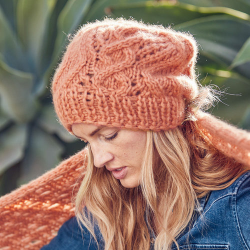 Lana Grossa 10 Women's Hat in Lala Berlin Lovely Cashmere PDF -  ()
