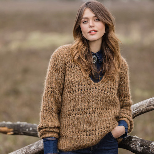 Lana Grossa 15 Pullover in Mary's Tweed & Silkhair PDF -  ()