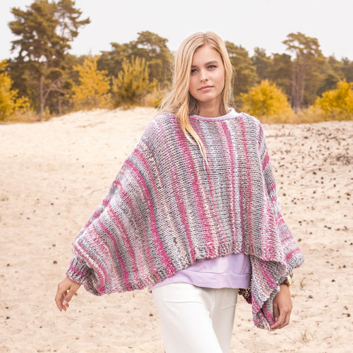 Lana Grossa Design 6 Poncho Kit in Olympia - Small (01)