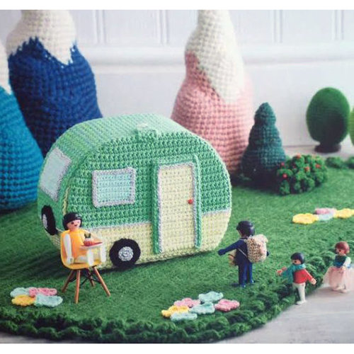 Lets Go Camping! Crochet Your Own -  ()