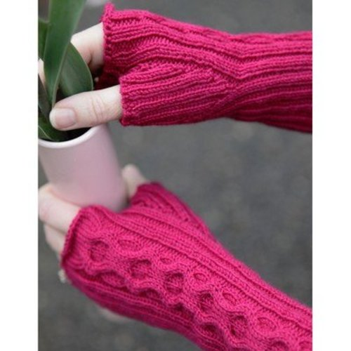 Lisa Ellis Designs A-24 Spring Gauntlets PDF -  ()