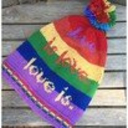 Lisa McFetridge Love Is- A Hat for Orlando PDF -  ()