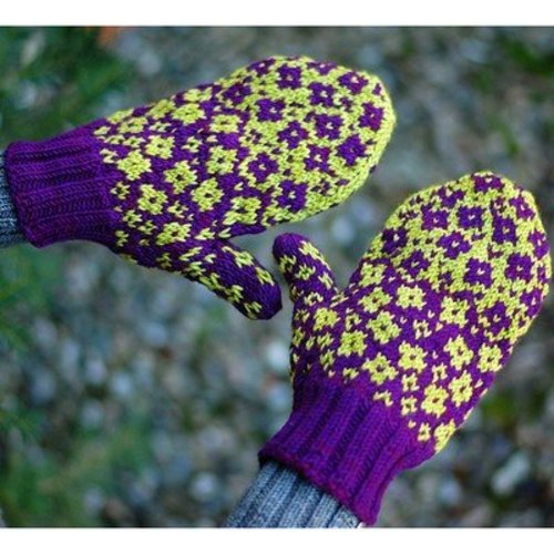 Lyrical Knits Fractured Fairy Tale Mittens PDF -  ()
