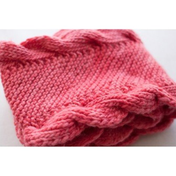 Manos Del Uruguay Bias Scarf with Ribbed Cables (Free) at WEBS ...