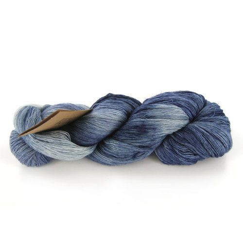 Manos del Uruguay Marina Discontinued Colors -  ()