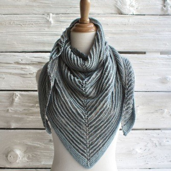 Manos Del Uruguay Shadow Shawl Free At Webs Yarn