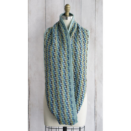 Manos del Uruguay Trolley Tracks Infinity Scarf Kit - Model (01)