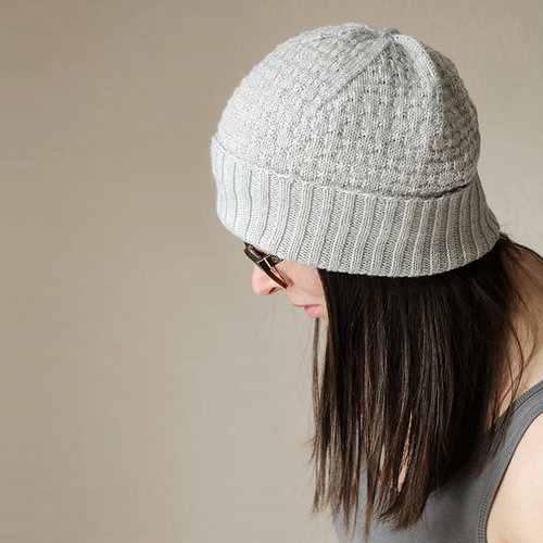 Melanie Berg Backflip Hat PDF -  ()