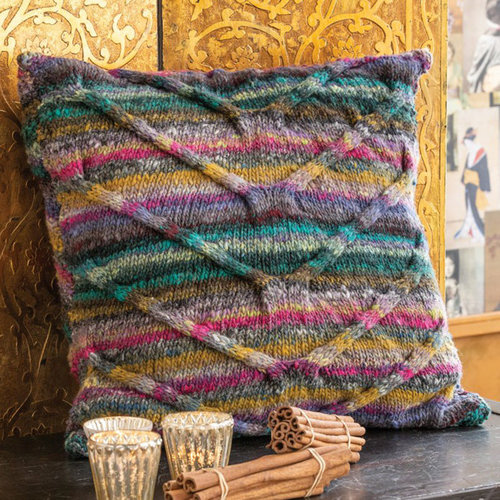 Noro 1723 Cabled Pillow Kit -  ()
