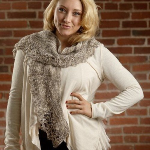 Plymouth Yarn 2613 Crescent Shawl (Sakkie) -  ()