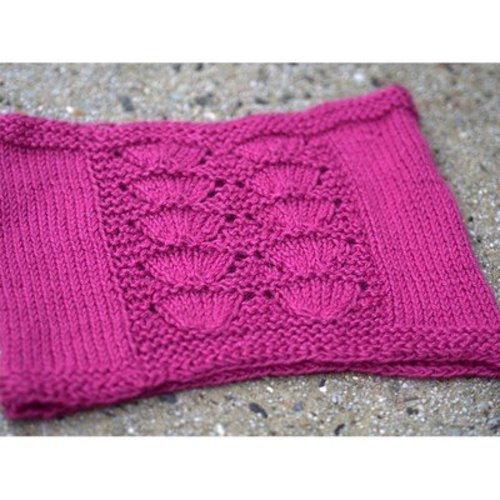Plymouth Yarn 2738 Cowls -  ()